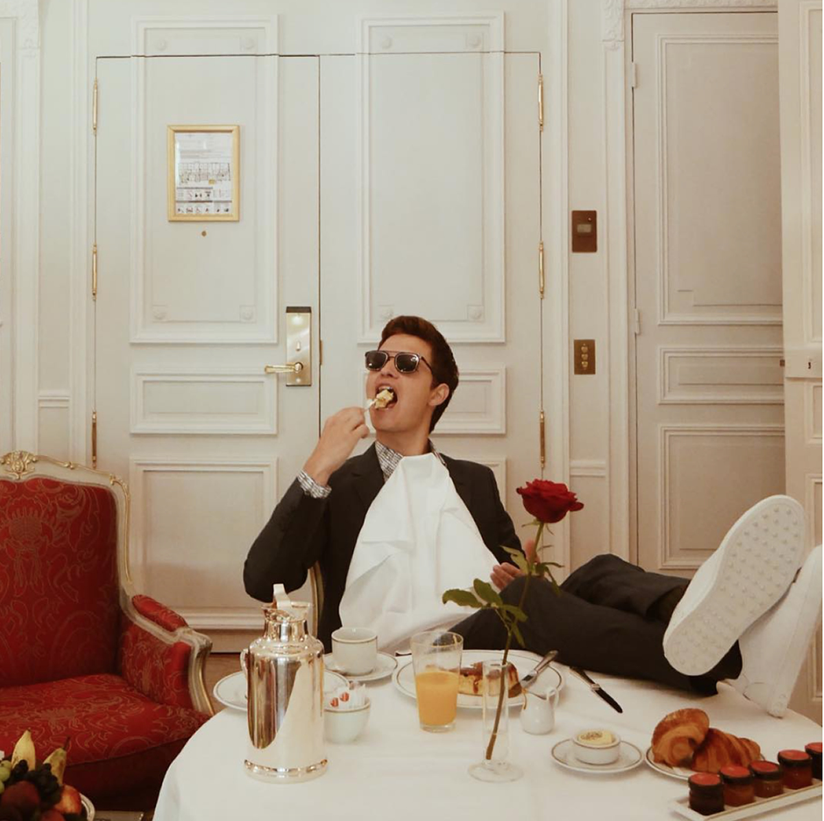 Plaza Athenee Paris Room Service Menu